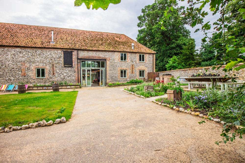 back garden of courtyard barn accommodation norfolk