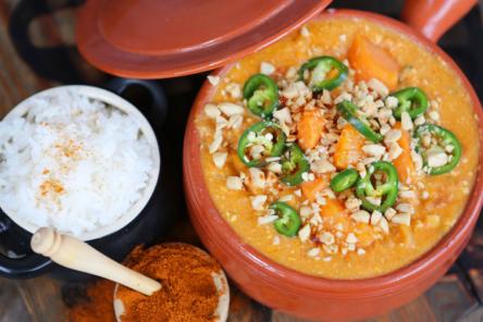 Domoda stew recipe pot of stew pot of salt pot of cumin